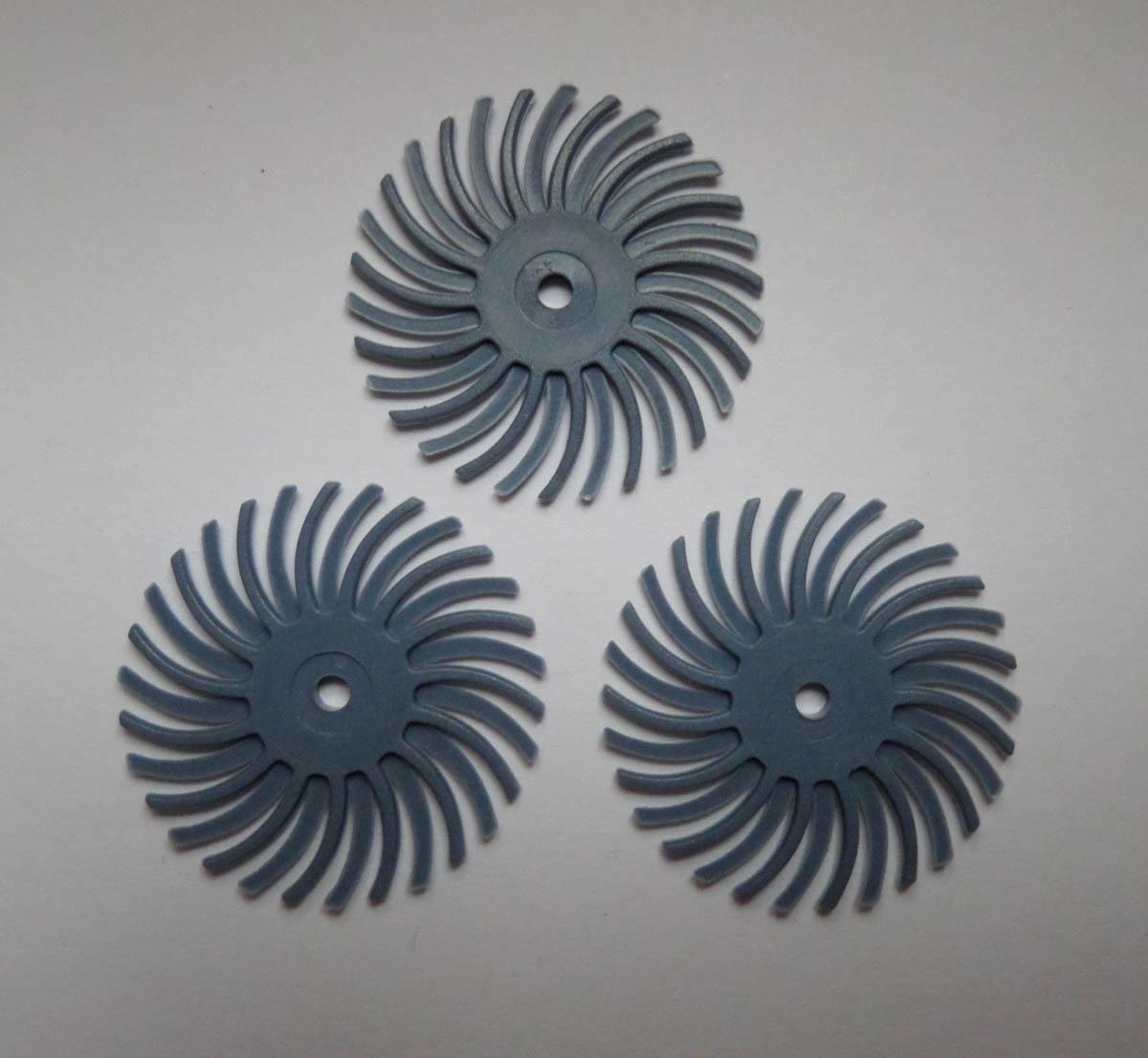 Radial discs 400